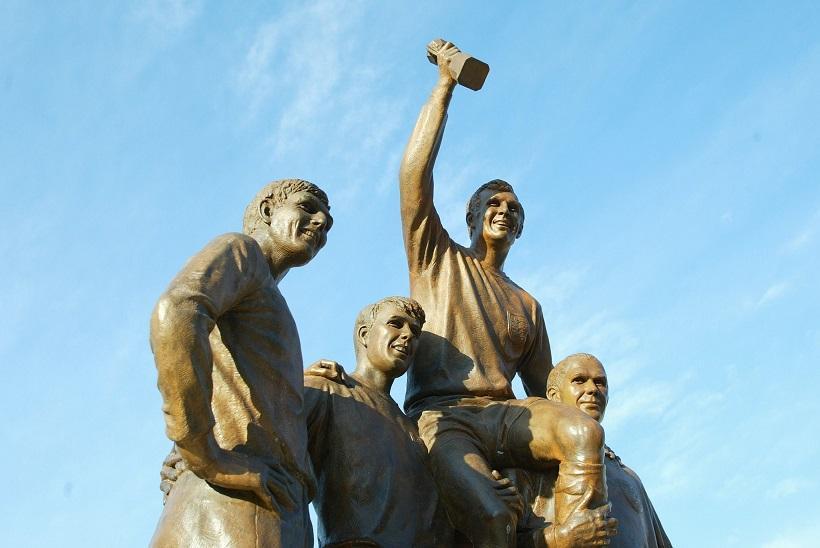 image of celebration statue