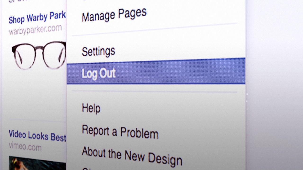 Online privacy quit Facebook
